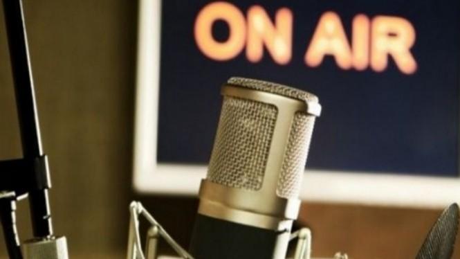 Cara Sukses Basic Announcing Dan Siaran Radio