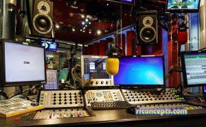 Catatan Program Radio yang Sangat Banyak Didengarkan
